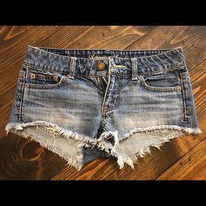 American Eagle denim shorts size 00